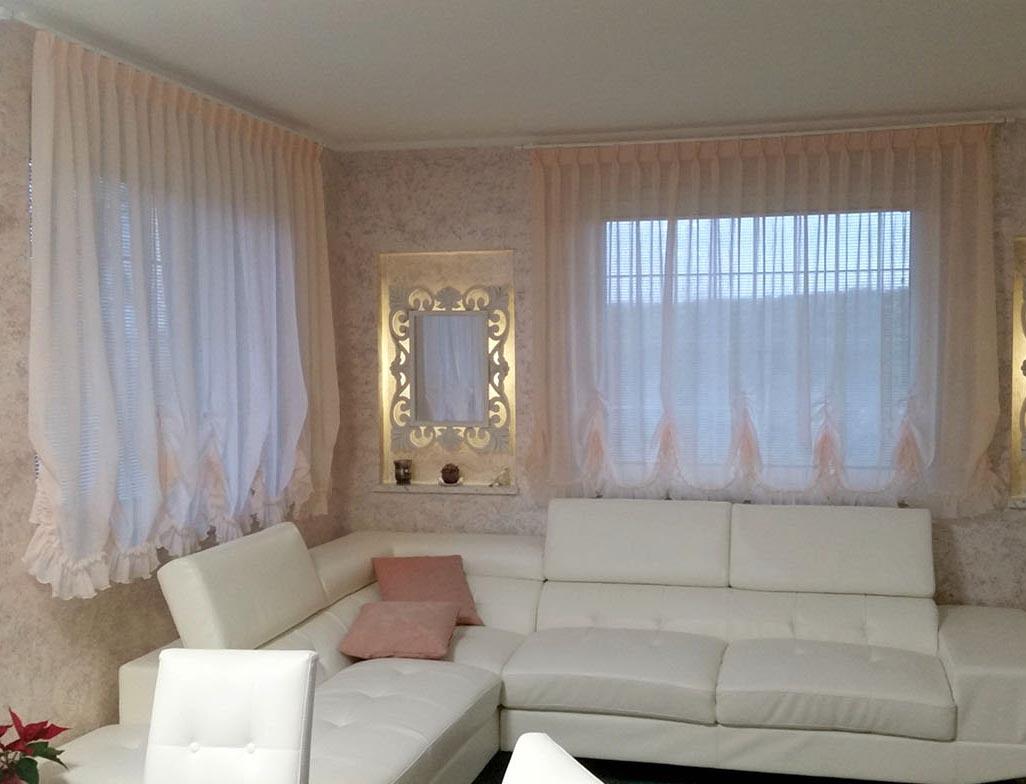 Tende da interno Udine, classiche e moderne - Tendaggi Di ...