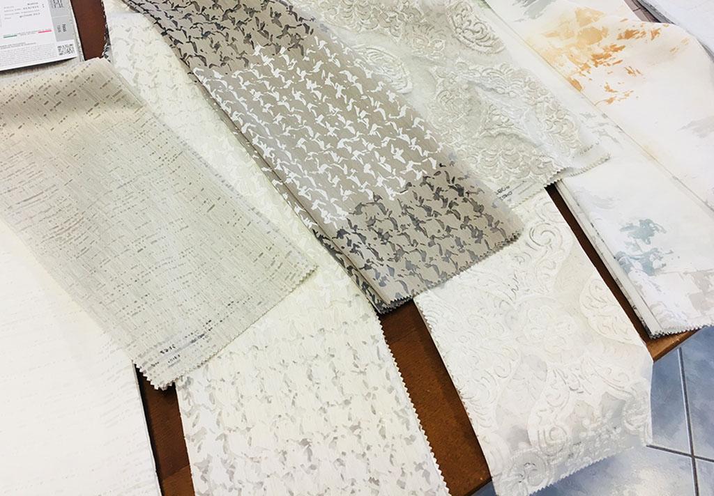 Tende In Tessuto Pesante : Scegliere le tende da interno ecco i tessuti più gettonati